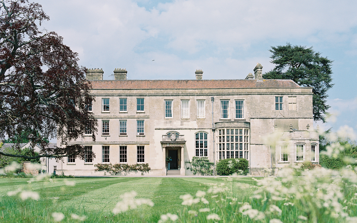 Coco wedding venues slideshow - Eco Wedding Venue in The Cotswolds - Gloucestershire - Elmore Court