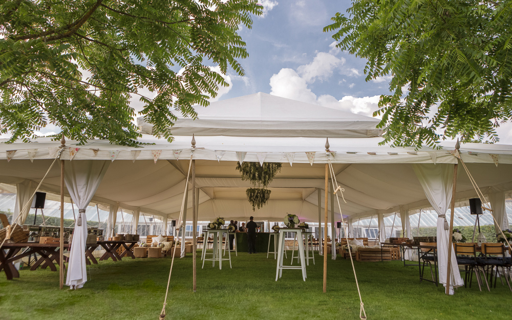 Coco wedding venues slideshow - marquee-suppliers-in-nationwide-lighttrick-photography-003