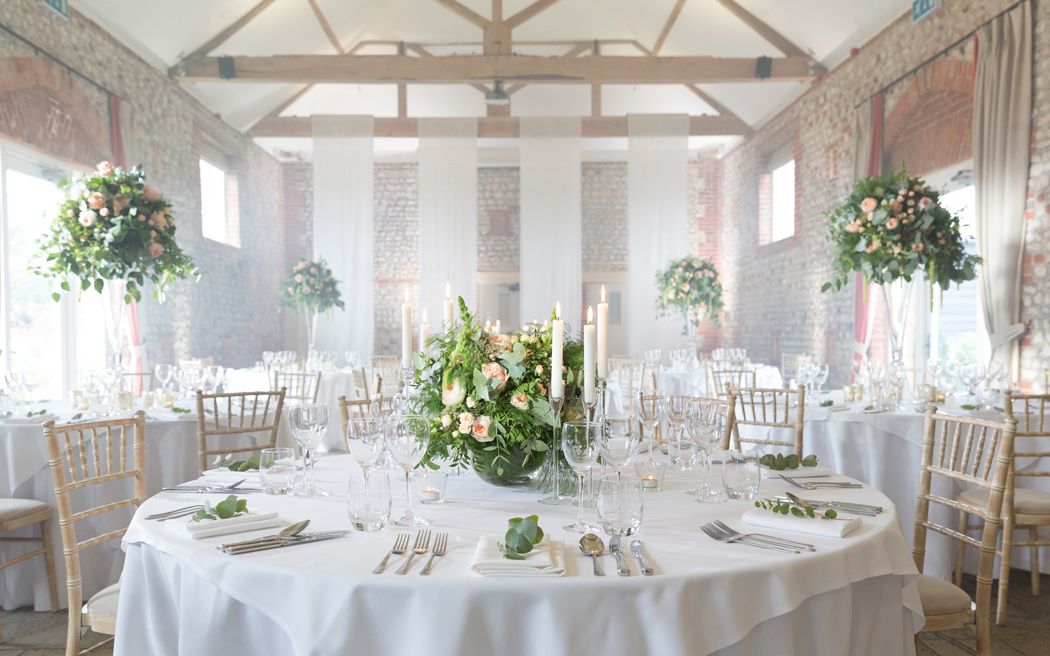 Coco wedding venues slideshow - rustic-barn-wedding-venues-in-west-sussex-farbridge-001