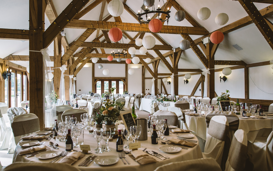 Coco wedding venues slideshow - barn-wedding-venues-in-cheshire-sandhole-oak-barn-lee-brown-photography-001