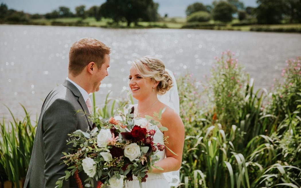 Coco wedding venues slideshow - barn-wedding-venues-in-cheshire-sandhole-oak-barn-willmason-jones-photography-002
