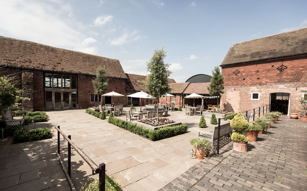 Coco wedding venues slideshow - staffordshire-wedding-venue-packington-moor-coco-wedding-venues-001