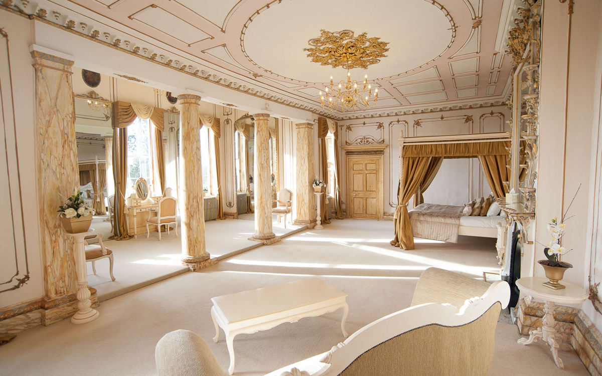 Coco wedding venues slideshow - Country House Wedding Venue in Essex - Gosfield Hall