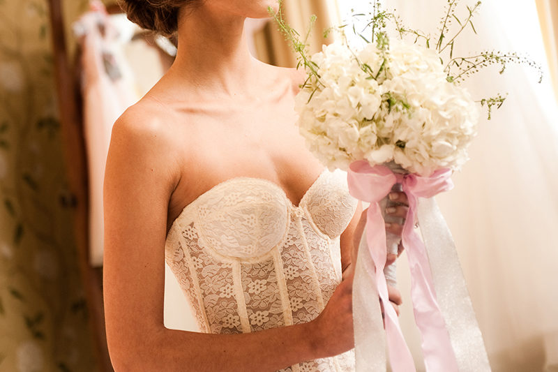 12-steps-to-the-perfect-bridal-lingerie-feature-new