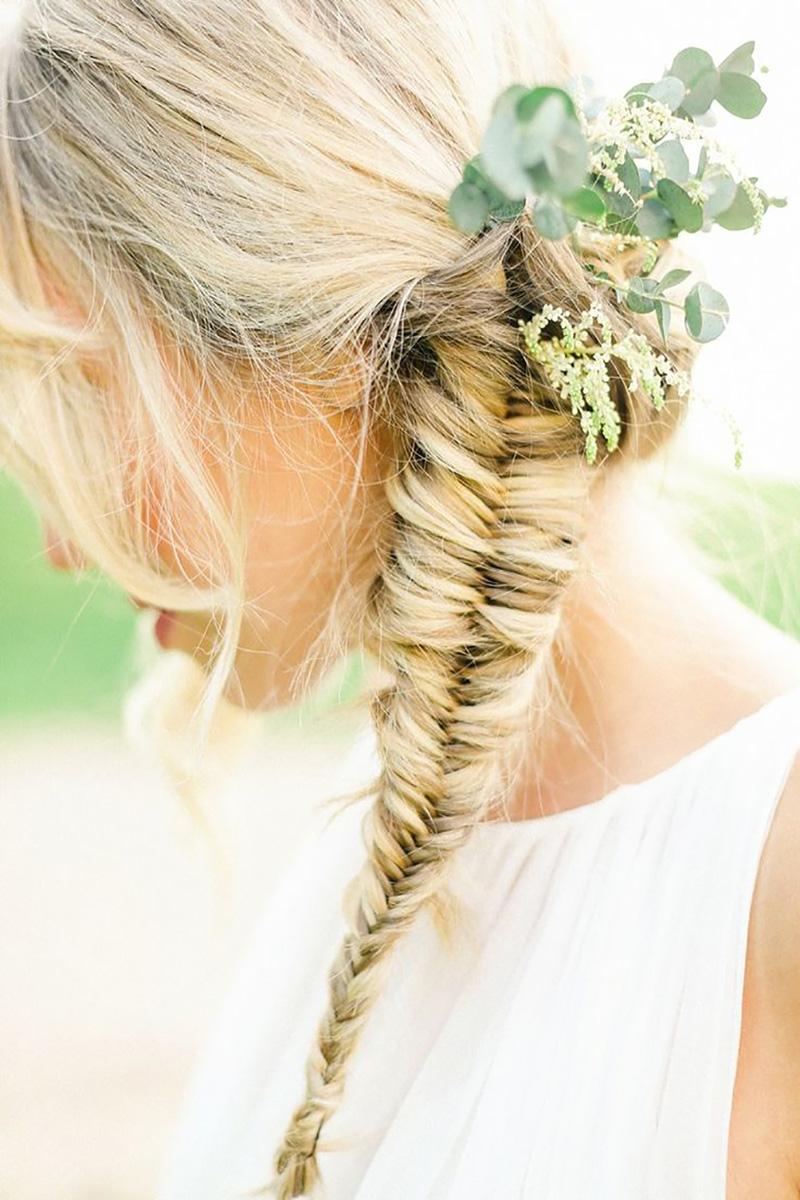 Coco wedding venues slideshow - plaits-bridal-hair-inspiration-coco-wedding-venues-belle-and-beau-fine-art-photography-via-style-me-pretty-7