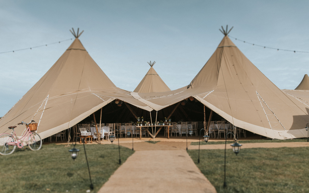Coco wedding venues slideshow - tipi-tent-supplier-world-inspired-tents-tipi-tent-supplier-world-inspired-tents-mark-walker-photography-001