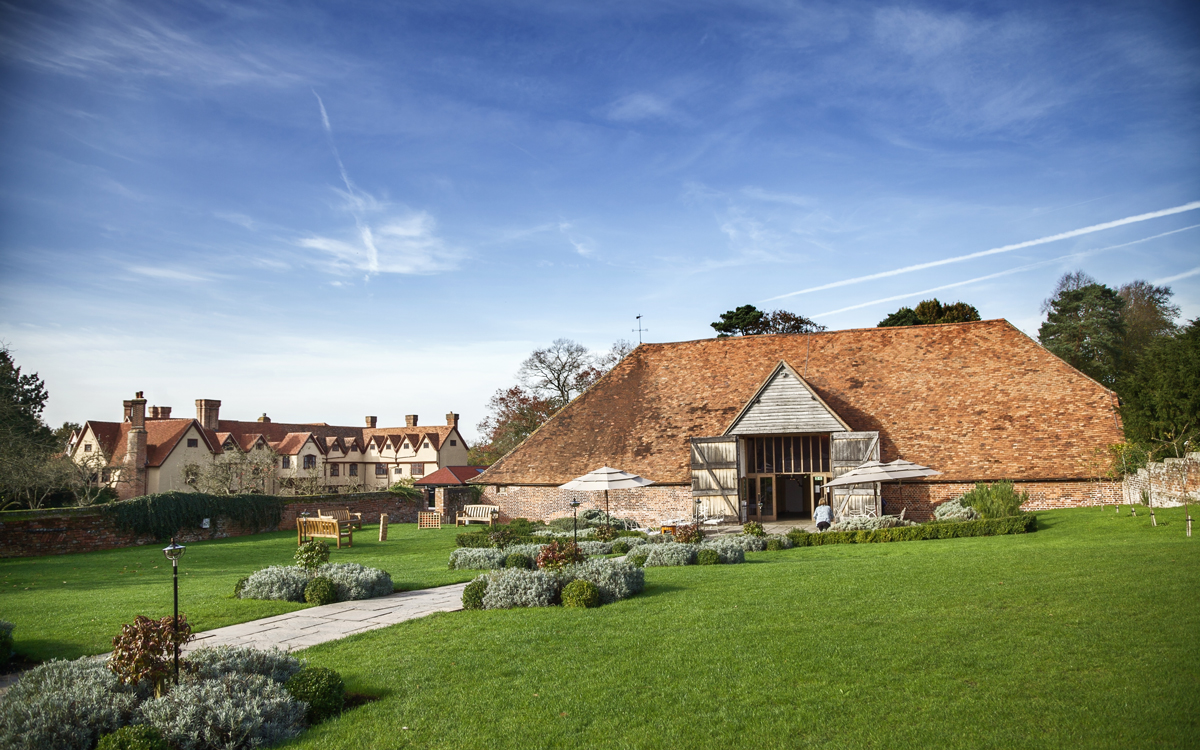 Coco wedding venues slideshow - Barn Wedding Venue in Berkshire and Hampshire - Ufton Court