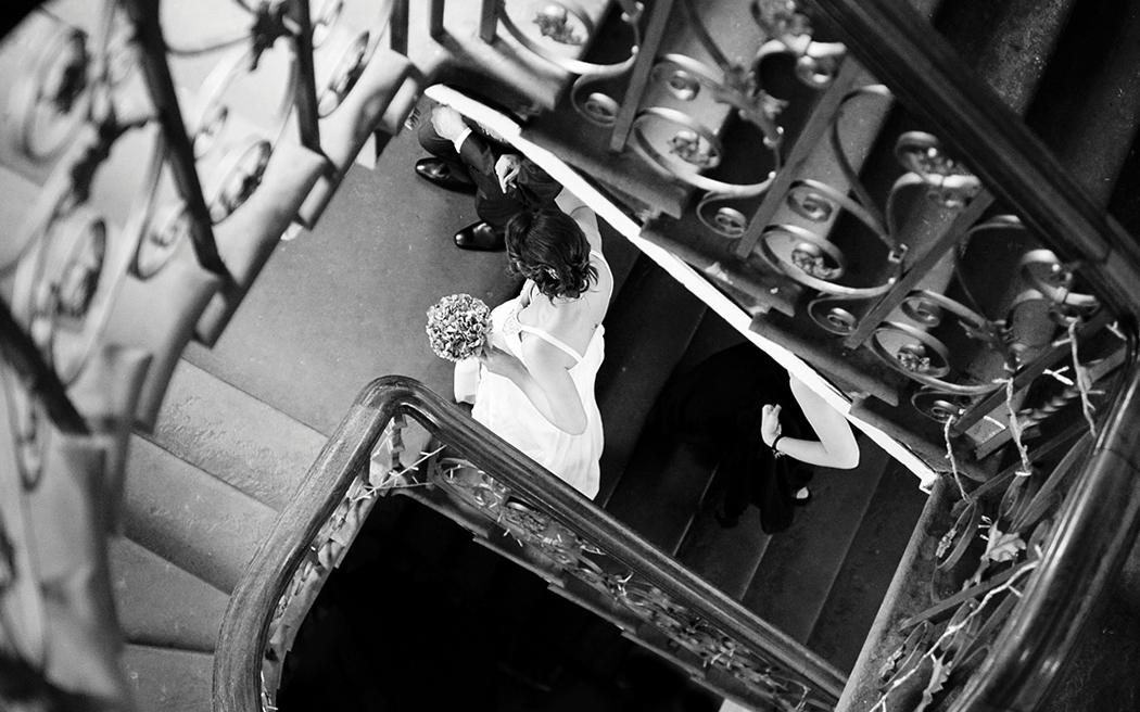 Coco wedding venues slideshow - london-wedding-venue-town-hall-the-old-finsbury-town-hall-coco-wedding-venues-sarah-legge-photography-003