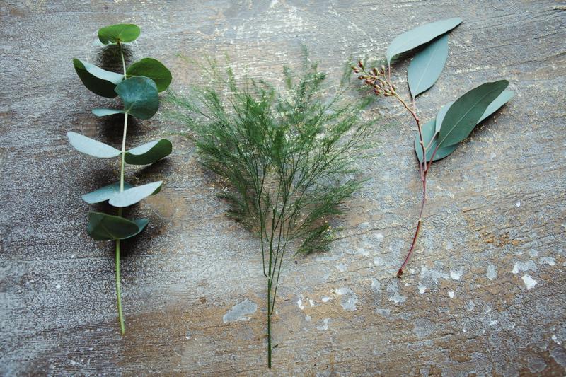 christmas-wreath-diy-flowers-by-breige-sandon-hall-wedding-venue-coco-wedding-venues-jade-osborne-photography-02