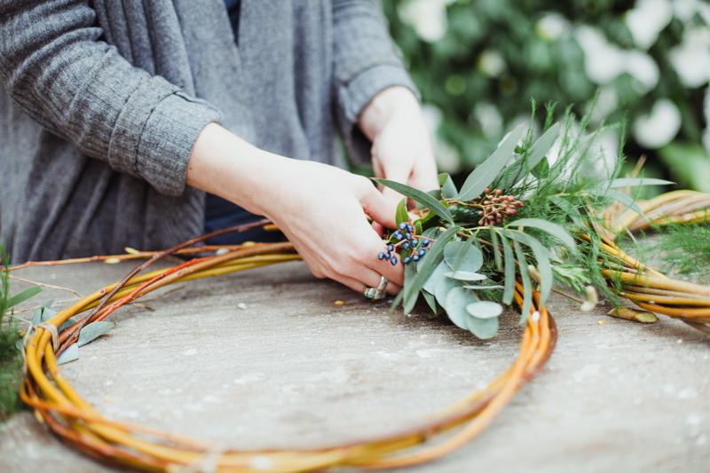 christmas-wreath-diy-flowers-by-breige-sandon-hall-wedding-venue-coco-wedding-venues-jade-osborne-photography-27