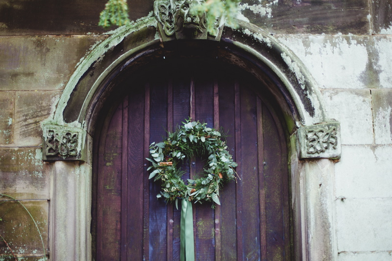 christmas-wreath-diy-flowers-by-breige-sandon-hall-wedding-venue-coco-wedding-venues-jade-osborne-photography-61