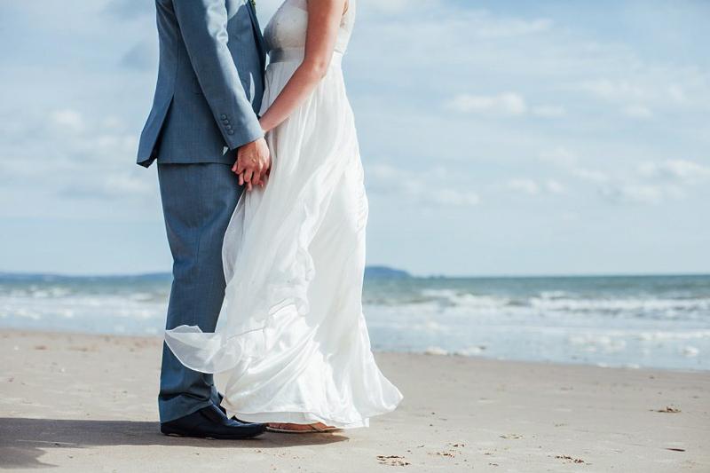 beach-wedding-inspiration-charlotte-bryer-ash-coco-wedding-venues-feature-new