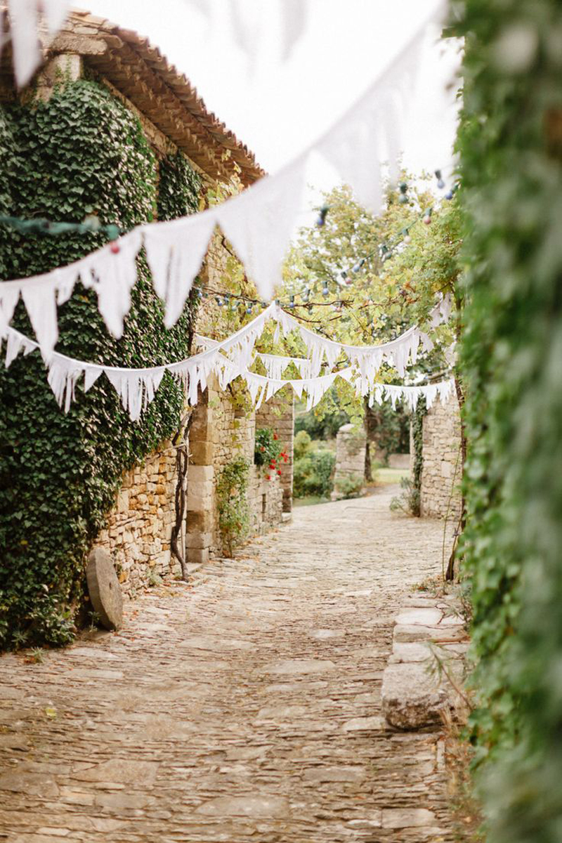 wedding-planning-tips-how-to-choose-a-wedding-supplier-coco-wedding-venues-3