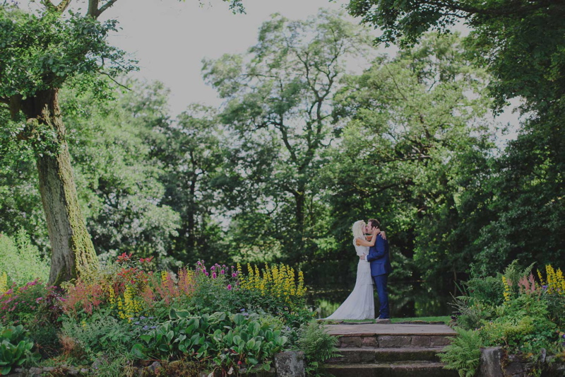 Coco wedding venues slideshow - staffordshire-wedding-venue-the-ashes-country-house-barn-wedding-venue-jess-petrie-photography-coco-wedding-venues-6