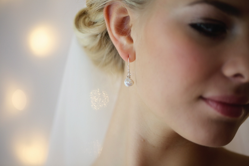 bridal-accessories-wedding-inspiration-coco-wedding-venues-victoria-fergusson-bridal-accessories-Aurora earrings £42. VFA