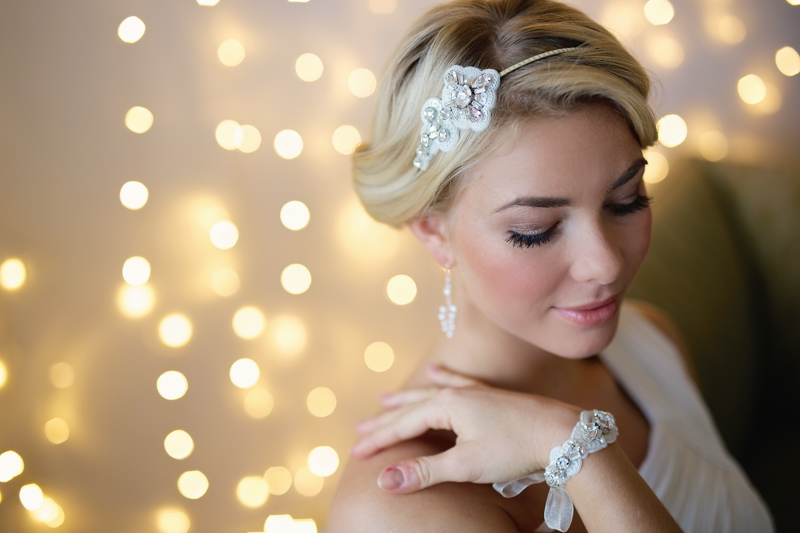 bridal-accessories-wedding-inspiration-coco-wedding-venues-victoria-fergusson-bridal-accessories-Diadem petite £195. Goddess earrings £75. Diadem bracelet £175. VFA