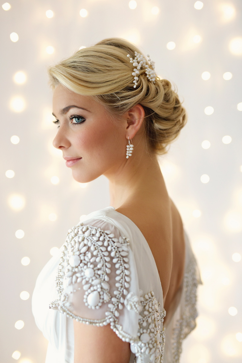 bridal-accessories-wedding-inspiration-coco-wedding-venues-victoria-fergusson-bridal-accessories-Goddess hairpins £60. each. Laurel earrings £35. VFA