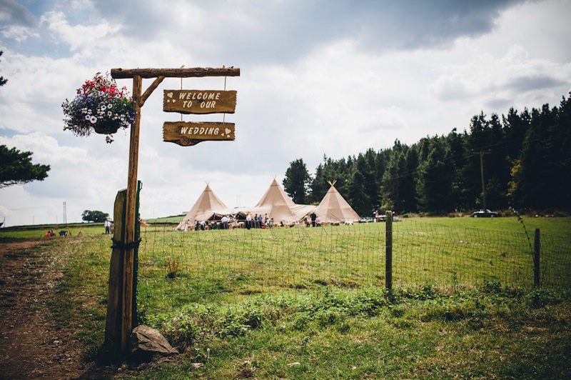 Coco wedding venues slideshow - midlands-wedding-tipi-hire-sami-tipi-coco-wedding-venues-yvonne-lishman-photography-e