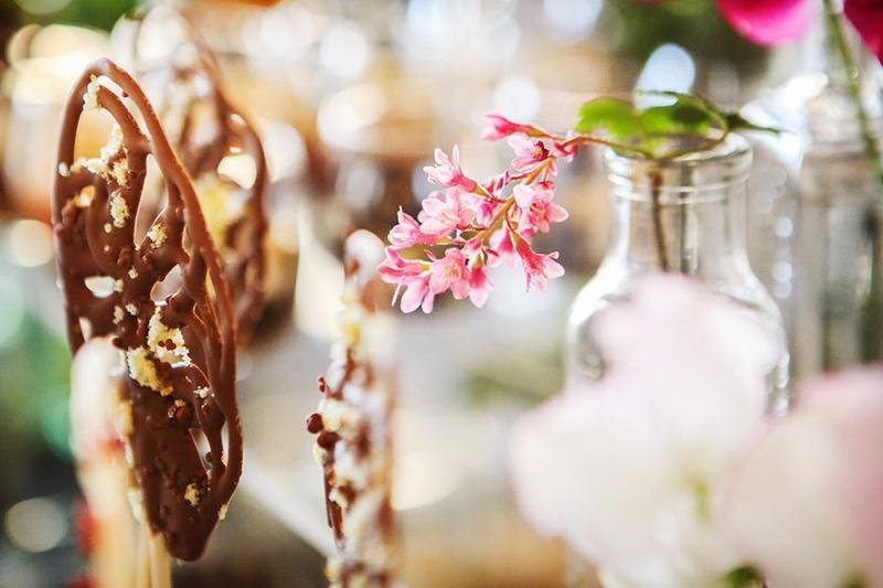 spring-wedding-inspiration-surrey-wedding-venue-millbridge-court-coco-wedding-venues-5
