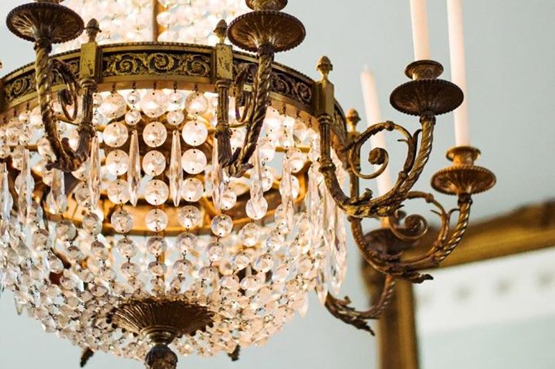 classic-elegance-wedding-inspiration-uk-wedding-venue-directory-coco-wedding-venues-feature-01