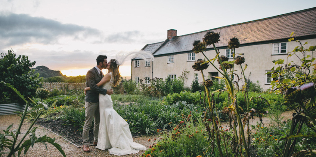 devon-wedding-venues-helen-lisk-photography