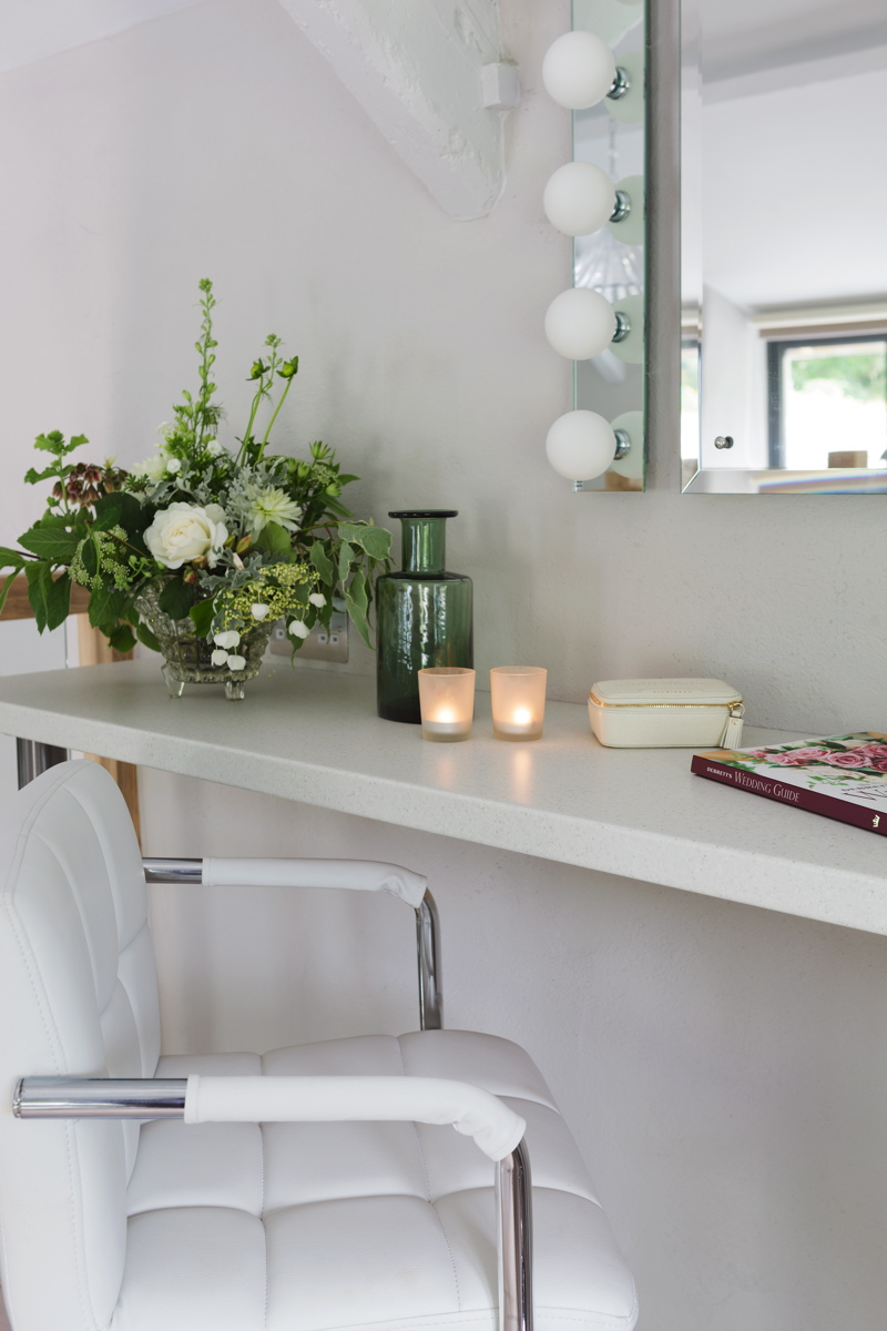 Home Tour Of The Ever After Bridal Suite Cottage A Rustic Luxe Wedding Venue In Devon