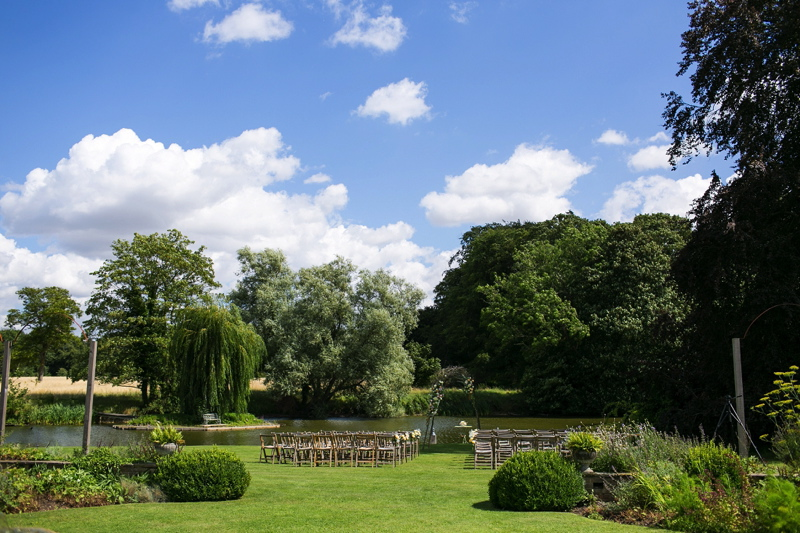 wedding-venues-in-norfolk-narborough-hall-gardens-25