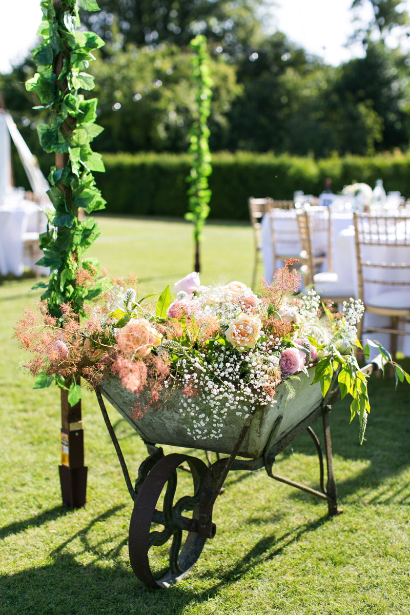 wedding-venues-in-norfolk-narborough-hall-gardens-64