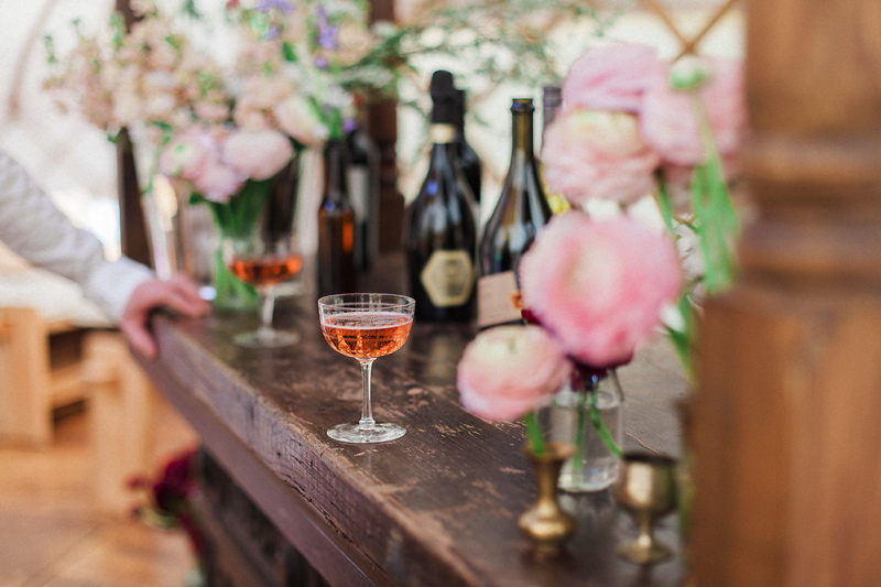 wedding-yurt-alternative-bar-ideas-xander-and-thea-fine-art-wedding-photography-1