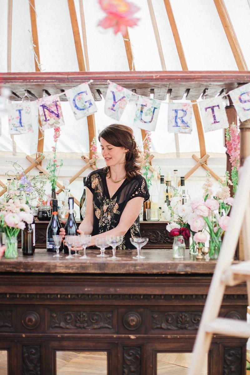 wedding-yurt-alternative-bar-ideas-xander-and-thea-fine-art-wedding-photography-3