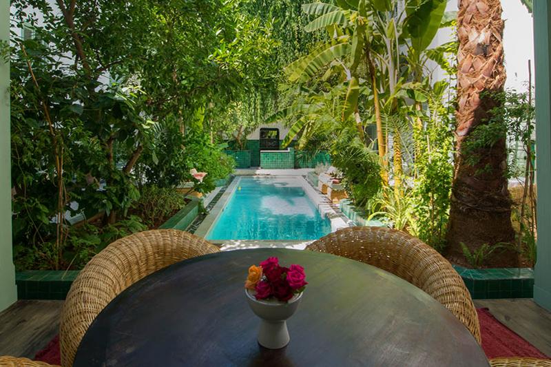 Coco wedding venues slideshow - wedding-venues-with-swimming-pools-el-fenn-2