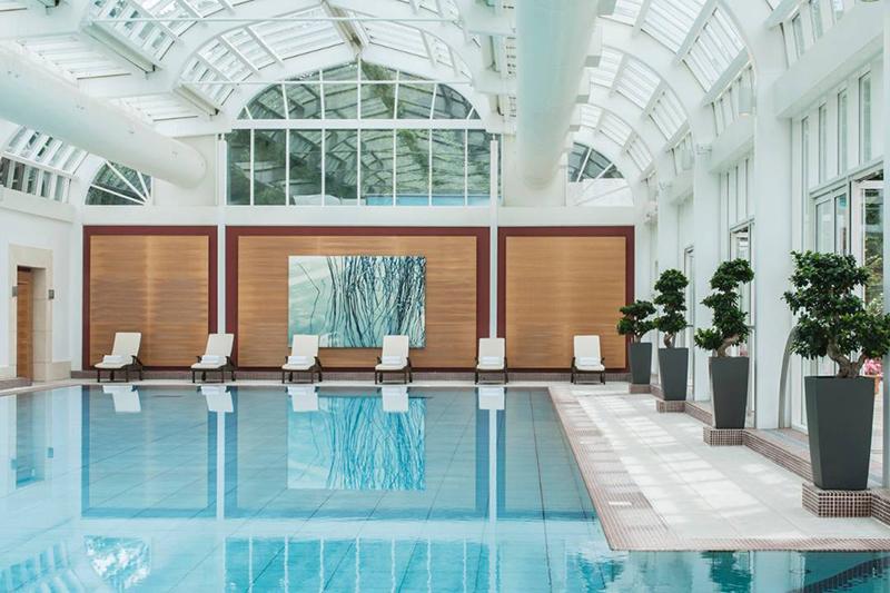 Coco wedding venues slideshow - wedding-venues-with-swimming-pools-four-seasons-hampshire-3