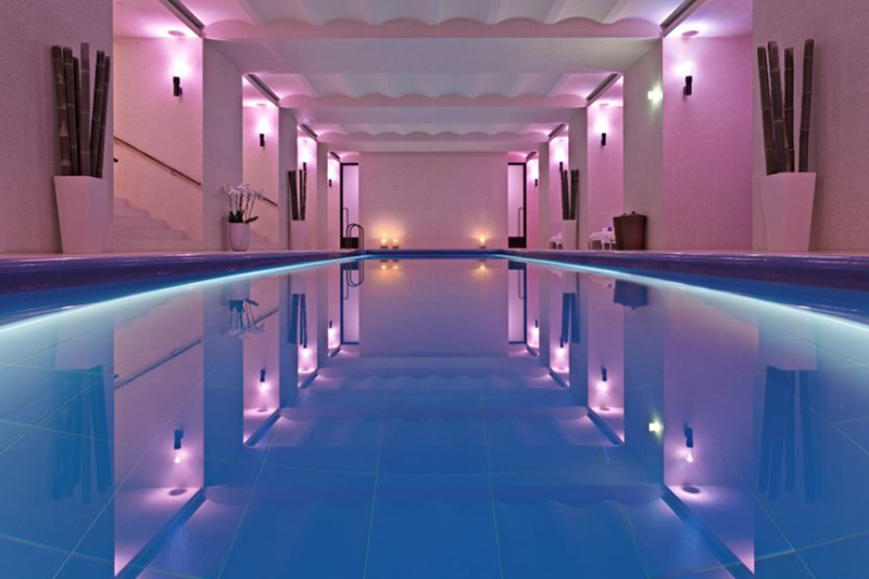 Coco wedding venues slideshow - wedding-venues-with-swimming-pools-hotel-cafe-royal-4