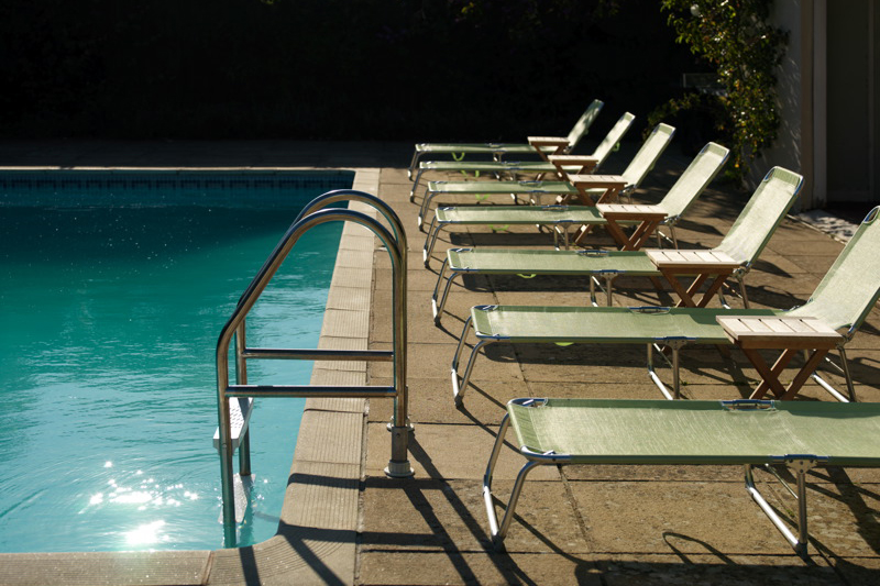 Coco wedding venues slideshow - wedding-venues-with-swimming-pools-the-rectory-9