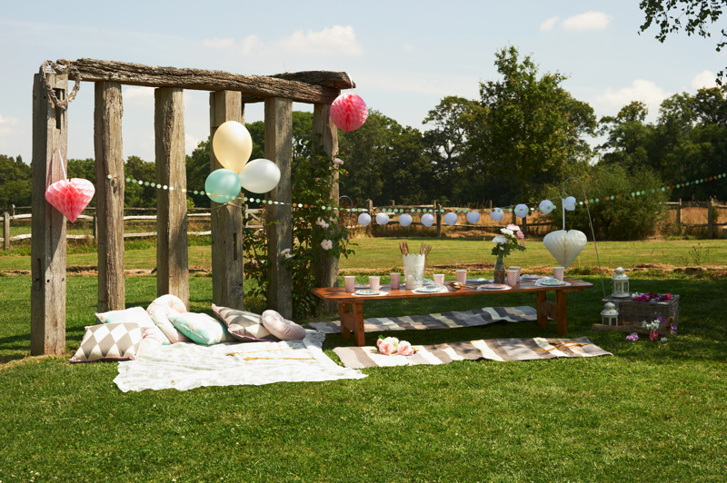 childrens-wedding-entertainment-kids-at-weddings-the-little-top-14
