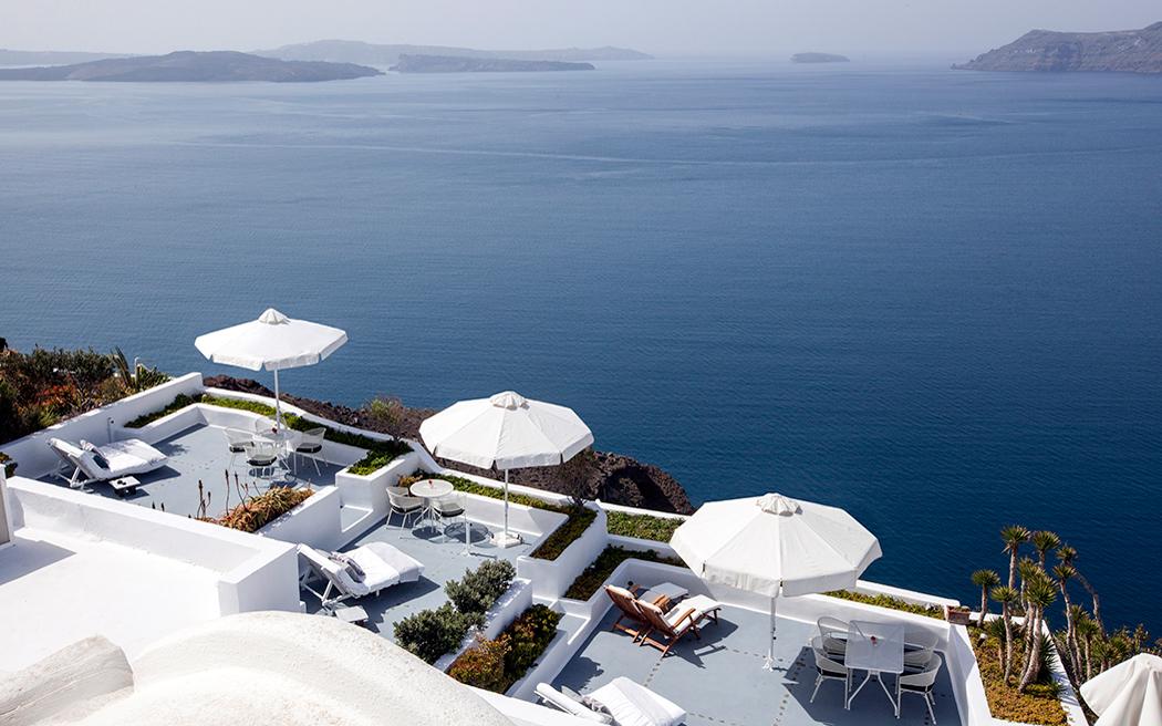 Coco wedding venues slideshow - destination-wedding-venues-santorini-greece-ikies-traditional-houses-001