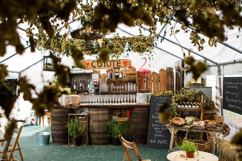 Coco wedding venues slideshow - wedding-venues-in-devon-tracey-estate-3