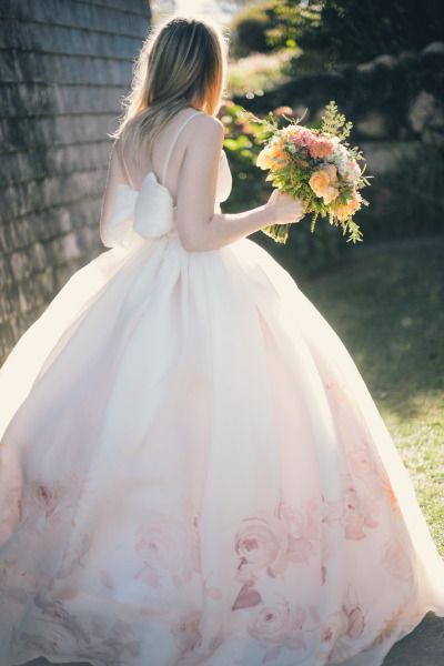 Image by Katie Slater Photography via Style Me Pretty.