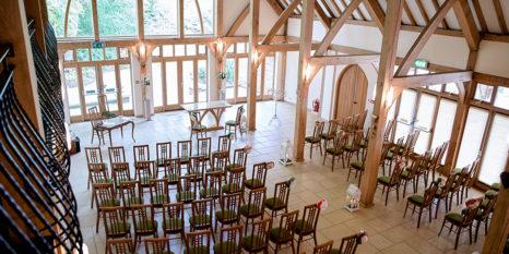 wedding-venues-in-hampshire-rivervale-barn-coco-wedding-venues-senior-mac-001
