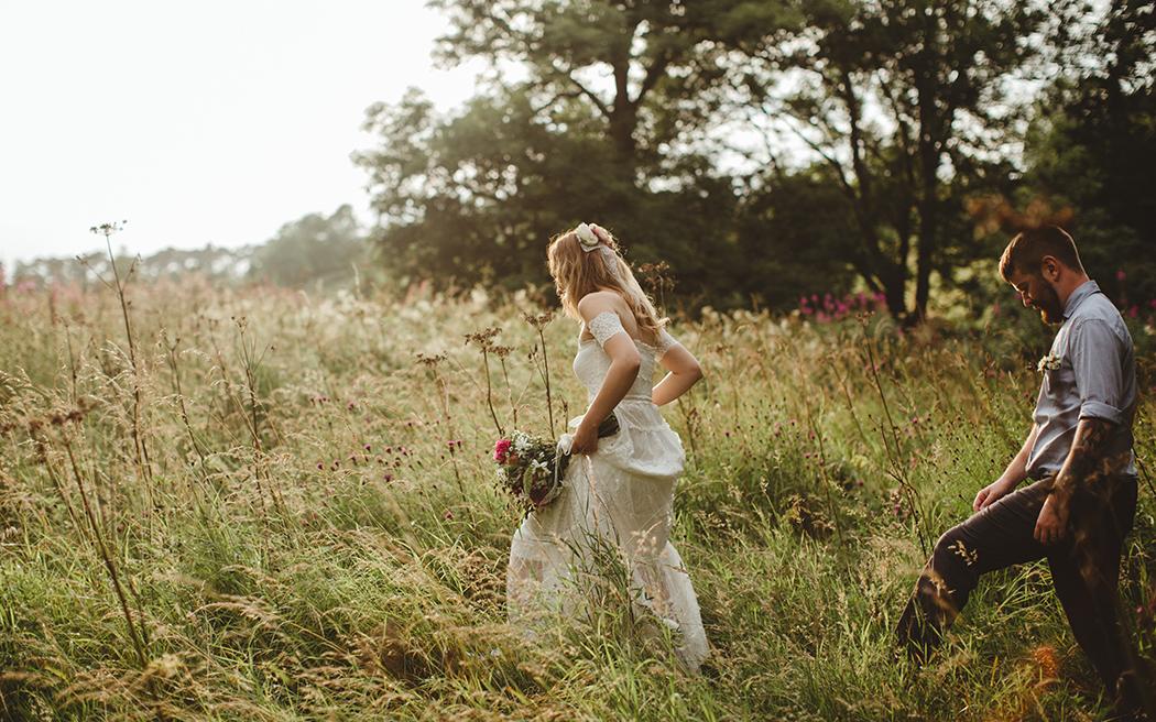 Coco wedding venues slideshow - scottish-border-wedding-venues-roulotte-retreat-the-curries-003