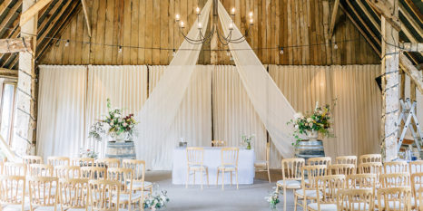 wedding-venues-in-hampshire-clock-barn-jacob-and-pauline-photography-003