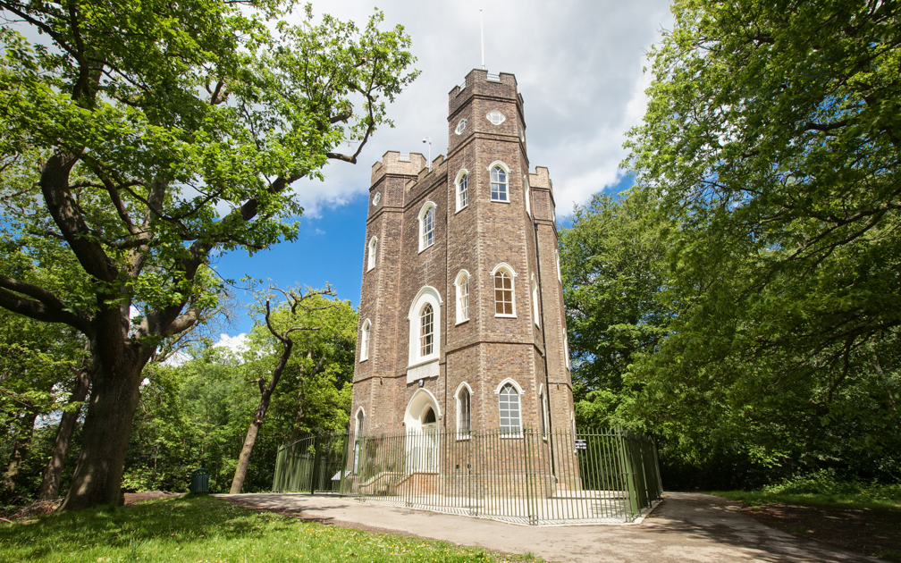 Coco wedding venues slideshow - wedding-venues-in-london-severndroog-castle-003