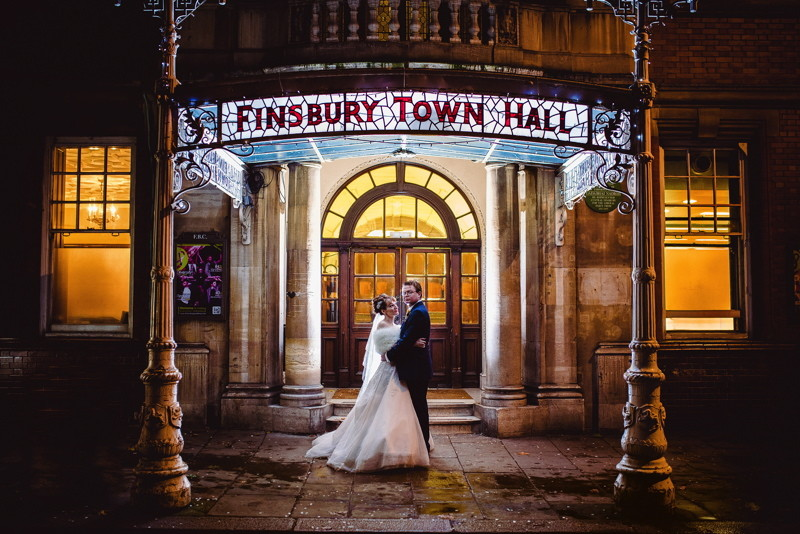 wedding-venues-in-london-the-old-finsbury-town-hall-real-wedding-29