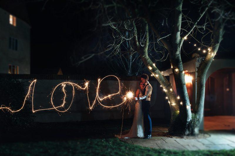 christmas-wedding-2016-exclusive-offer-houchins-wedding-venue-essex