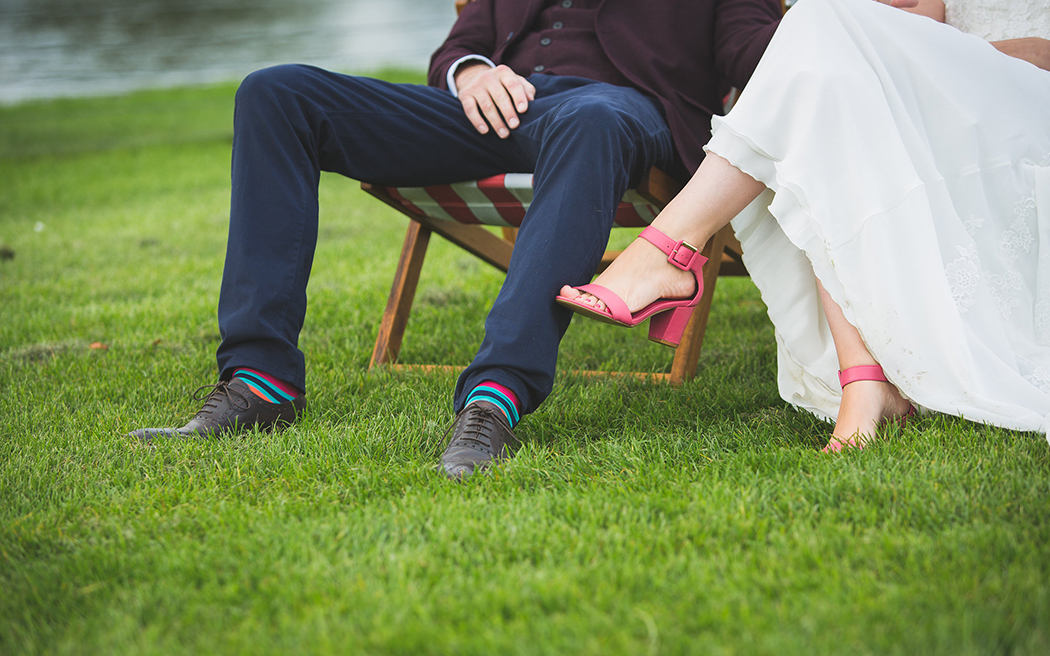 Coco wedding venues slideshow - marquee-wedding-venues-in-oxfordshire-temple-island-meadows-emma-watts-photography-001