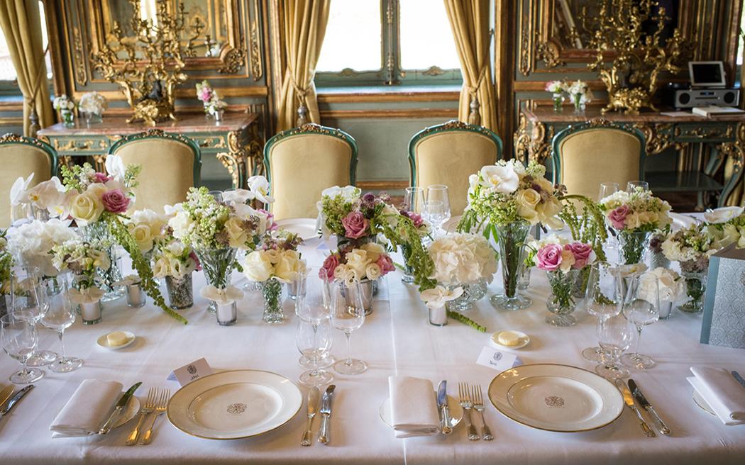 Coco wedding venues slideshow - luxury-wedding-venues-in-berkshire-cliveden-house-benjamin-wetherall-001