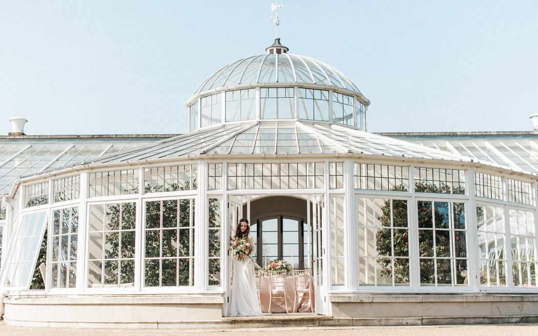 Coco wedding venues slideshow - orangery-wedding-venues-in-london-chiswick-house-and-gardens-kate-nielen-001