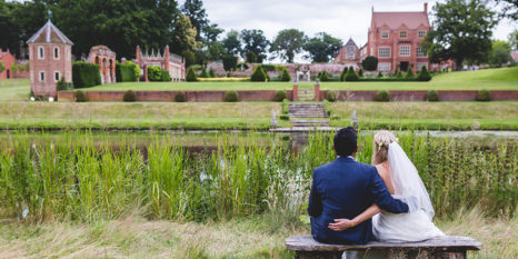 wedding-venues-in-norfolk-oxnead-hall-andy-davison-photography-18