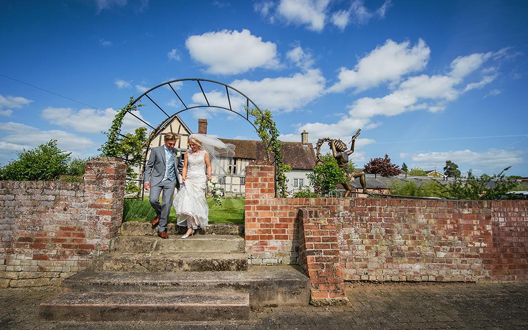 Coco wedding venues slideshow - cotswolds-wedding-venues-worcestershire-eckington-manor-003