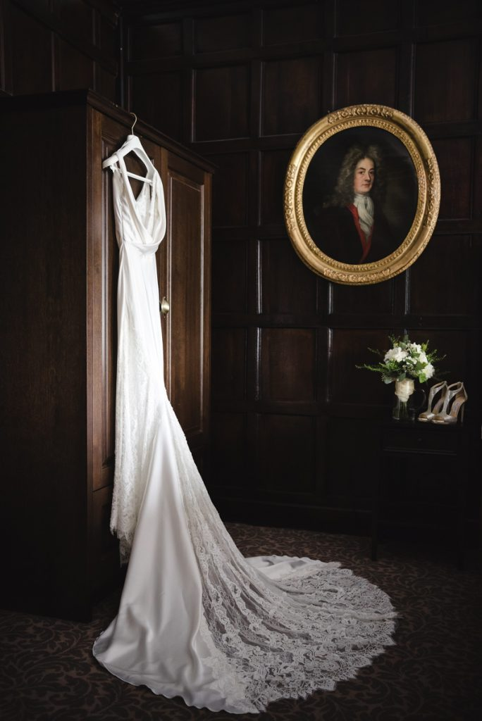 Image by www.weddingsbynicolaandglen.com.